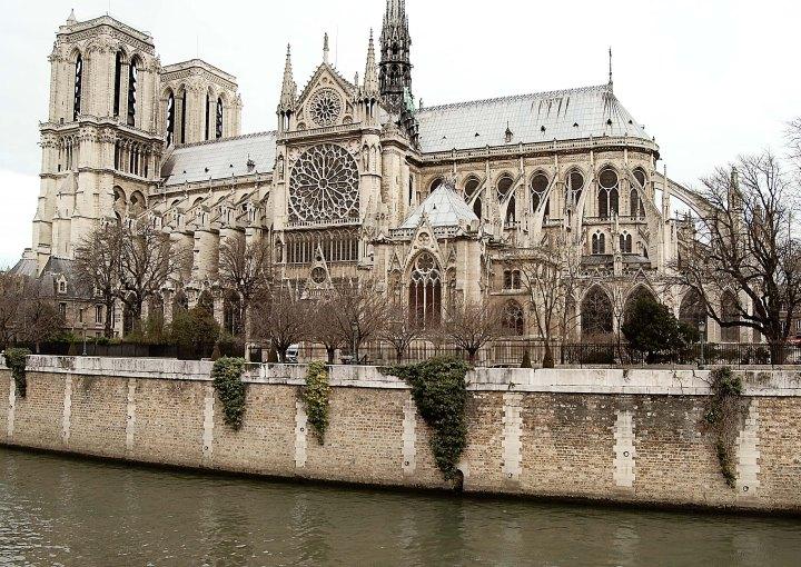 Notre Dame Far Soft